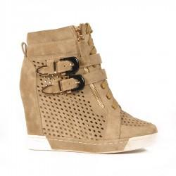 Бежевые замшевые летние ботинки