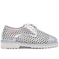 Серебряные кожаные летние туфли