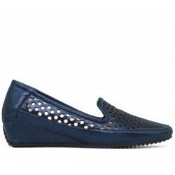 Синие кожаные летние туфли