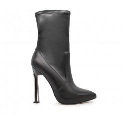 Бежевые кожаные демисезонные ботинки
