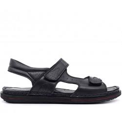 Чорні шкіряні сандалі