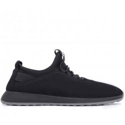 Черные нубуковые демисезонные кроссовки
