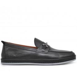 Кожаные демисезонные туфли