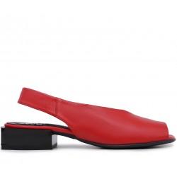 Красные кожаные босоножки