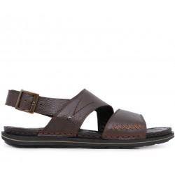 Коричневые кожаные сандалии