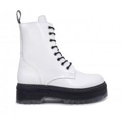 Белые кожаные демисезонные ботинки