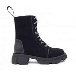 Черные замшевые зимние ботинки