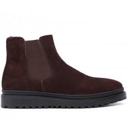 Коричневые замшевые зимние ботинки