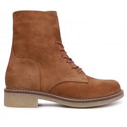 Коричневые замшевые демисезонные ботинки