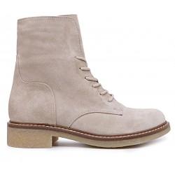 Бежевые замшевые демисезонные ботинки