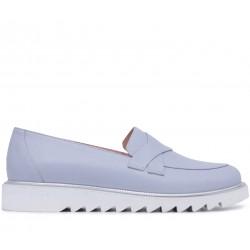 Голубые кожаные демисезонные туфли