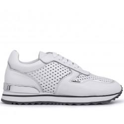 Белые кожаные летние кроссовки