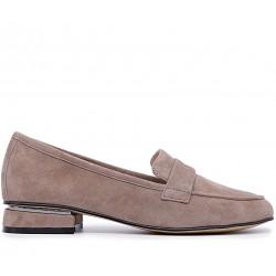 Бежевые замшевые демисезонные туфли
