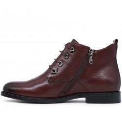 Бордовые кожаные демисезонные ботинки