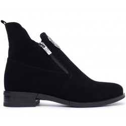 Черные замшевые демисезонные ботинки