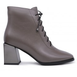 Серые кожаные демисезонные ботинки