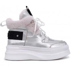 Серебряные кожаные зимние ботинки