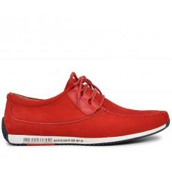 Красные нубуковые летние туфли